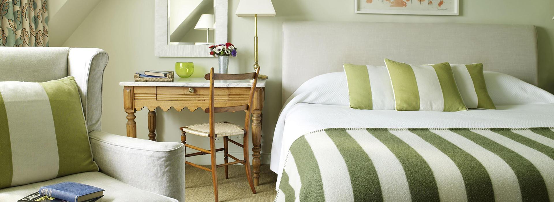 <small>двухкомнатный номер с двуспальной кроватью, площадью 50 м2 </small>Люкс